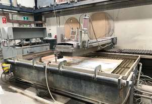 Waterjet Cutting System -3 AXIS in full working condition