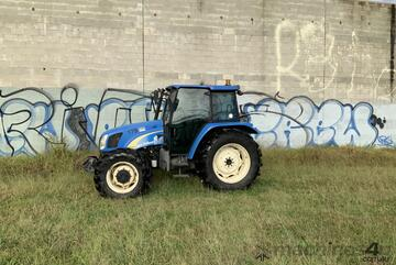 New Holland   T5030 Tractor