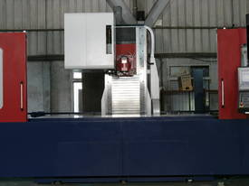 Eumach MB travelling column Machining Centre - picture3' - Click to enlarge