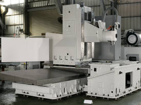 Eumach MB travelling column Machining Centre - picture6' - Click to enlarge