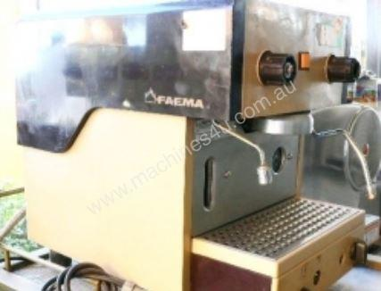 IFM  SHC00138 Used Coffee Machine