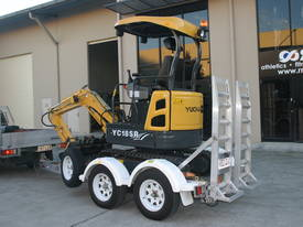 Yuchai YC18SR (Zero Swing) Mini Excavator - picture5' - Click to enlarge
