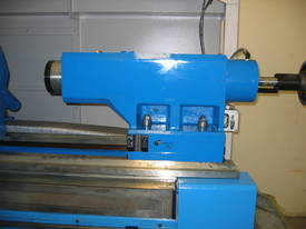 Heavy Duty Flat Bed Kinwa M5 Type CL38 CNC Lathes - picture3' - Click to enlarge