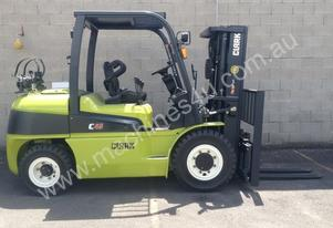 4.5 Tonne LPG (Gas) Forklift FOR HIRE * Clark C45L