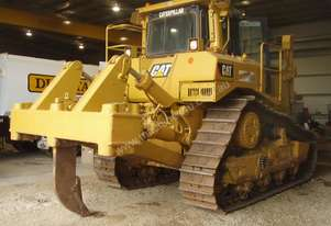 FOR SALE 2001 CAT D8R Serial 6YZ00639 Hours:2263
