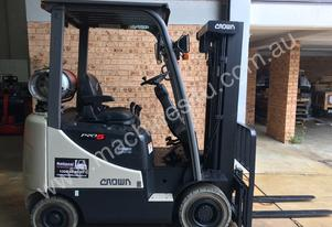 CROWN , CG18, CONTAINER MAST LPG FORKLIFT