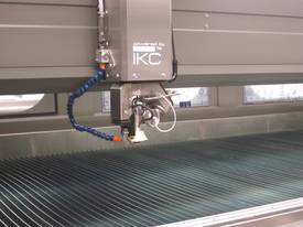 CMS 3 AND 5 AXIS SERIES WATERJET MACHINES - picture11' - Click to enlarge
