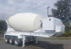 Self Contained Concrete Agitator Trailer