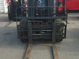 ROYAL 3.5 T ROUGH TERRAIN FORKLIFT - picture0' - Click to enlarge