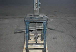 Raleigh HEAVY DUTY FOOT PEDAL PUNCH  press