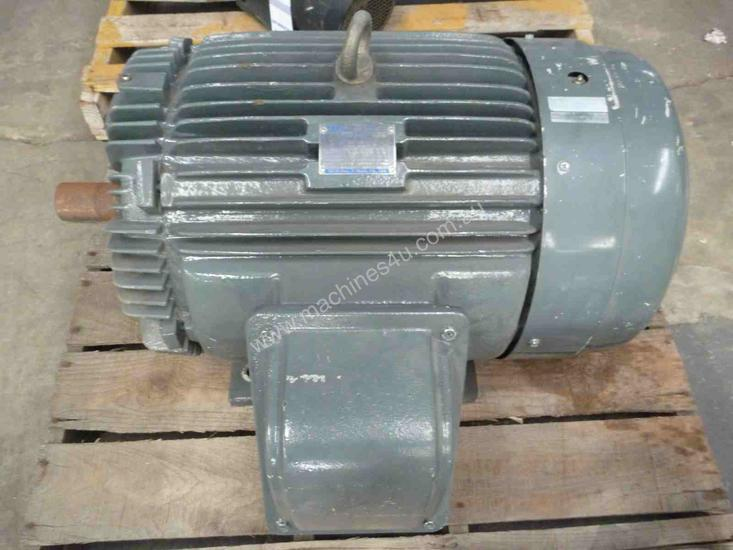 TECO 60HP 3 PHASE ELECTRIC MOTOR/ 2800RPM