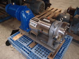 Stainless Steel Lobe Pump - In: 65mm Out: 65mm