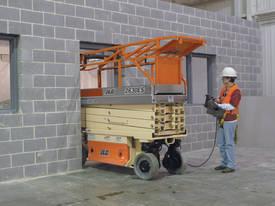 2632ES Electric Scissor Lifts - picture11' - Click to enlarge