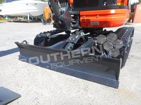 U25 ZAPII 2.2 Ton MINI Excavator Expandable tracks - picture11' - Click to enlarge