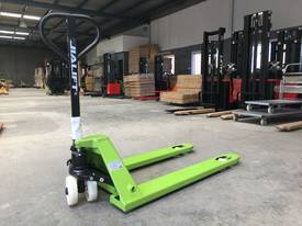 Brand New 2T Capacity Hand Pallet Jack/Truck Fork Wdith 685mm - picture4' - Click to enlarge