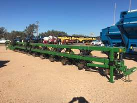 Norseman 12 row  Planters Seeding/Planting Equip - picture0' - Click to enlarge