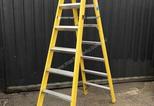 NEW Fibreglass Dual Purpose Trestle Ladder
