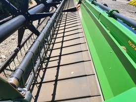 John Deere 9770 STS Header(Combine) Harvester/Header - picture5' - Click to enlarge
