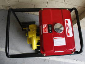 13Hp KOOP 3 inch Diesel water pump 90M head   - picture19' - Click to enlarge