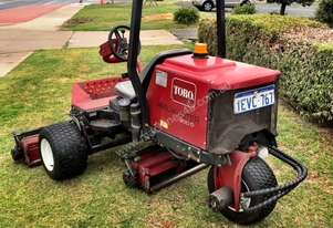 Toro 1.83m Wide Ride on Reelmower