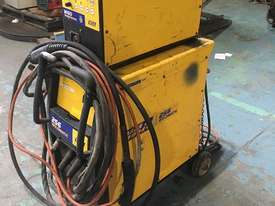 WIA MIG Welder Weldmatic 256 230 amps 240 Volt with Seperate Wire Feeder SWF - picture1' - Click to enlarge
