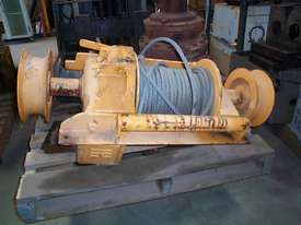 WINCH HYDRAULIC - picture0' - Click to enlarge