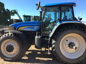 TM175 New Holland Tractor - #504319 - picture2' - Click to enlarge