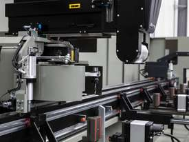 Emmegi PHANTOMATIC X4 CNC Machining Centre - picture8' - Click to enlarge