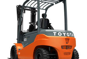 Toyota 3.5 - 5.0 8FBMT 4-Wheel Battery Forklift