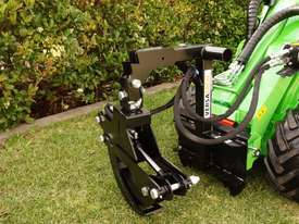Avant 423 Mini Loader W/ Log Grab - picture10' - Click to enlarge