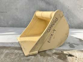 UNUSED 600MM DIGGING BUCKET TO SUIT 2-4T EXCAVATOR E001 - picture0' - Click to enlarge