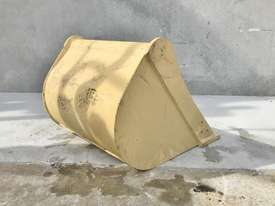 UNUSED 600MM DIGGING BUCKET TO SUIT 2-4T EXCAVATOR E001 - picture1' - Click to enlarge