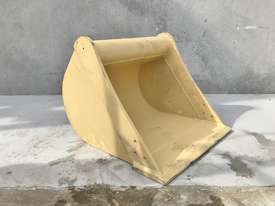 UNUSED 600MM DIGGING BUCKET TO SUIT 2-4T EXCAVATOR E001 - picture2' - Click to enlarge