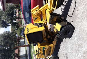 Vermeer SC352 Stump Grinder including trailer and ramps
