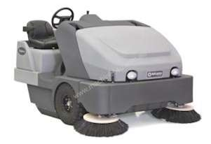 Nilfisk Advance SW8000 Rider Sweeper