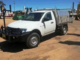Mitsubishi TRITON Utility Light Commercial - picture6' - Click to enlarge