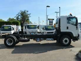 2008 ISUZU FVR 1000 Cab Chassis   - picture6' - Click to enlarge