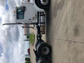 2007 Sterling LT9500 HX - picture8' - Click to enlarge