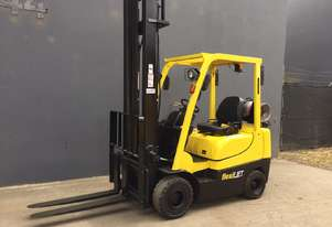 HYSTER H 2.0TX Counterbalance Forklift with Side-shift Refurbished & Repainted