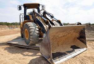 Caterpillar   IT62G Loader
