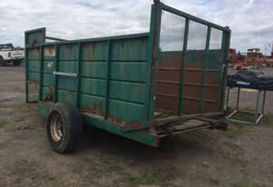WALSH 4 TONNE Bale Wagon/Feedout Hay/Forage Equip