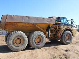 Caterpillar 740 Articulated Dump Truck - picture2' - Click to enlarge