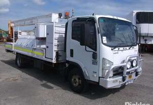 Isuzu 2011   NPR 400 Long