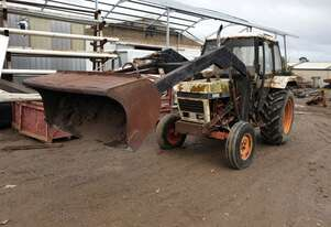 CASE 1290 TRACTOR WITH FRONT END LOADER
