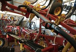 2011 Bourgault 8910-70 Air Drills