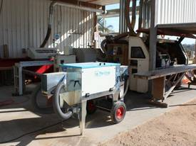 LA PERLINA TIMBER OILING MACHINE - picture3' - Click to enlarge