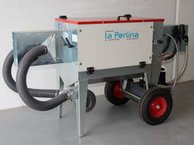 TIMBER OILING MACHINE (MODEL: LA PERLINA) - picture0' - Click to enlarge