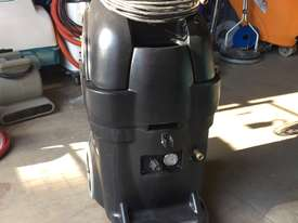 13 Gallon BlackMax Carpet Extractor  - picture0' - Click to enlarge