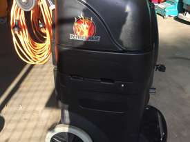 13 Gallon BlackMax Carpet Extractor  - picture3' - Click to enlarge