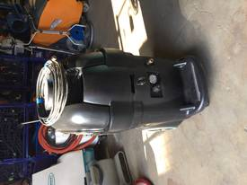 13 Gallon BlackMax Carpet Extractor  - picture1' - Click to enlarge